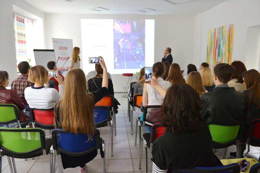 Декоратор обучение украина где в европе можно бесплатно учиться